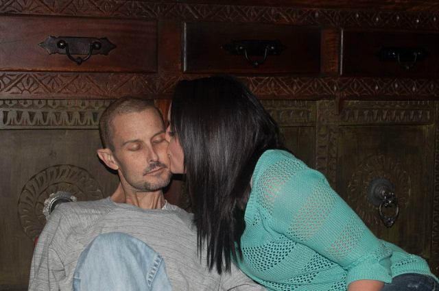 kissing-him-goodbye